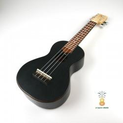 Gniewomir Ukulele Soprano Black Oak
